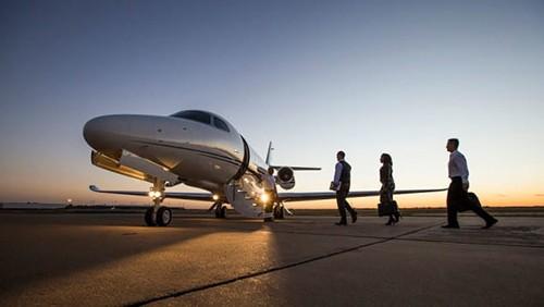 新一代的青年,私人飞机欧宝体育注册会成为新型出行方式吗?