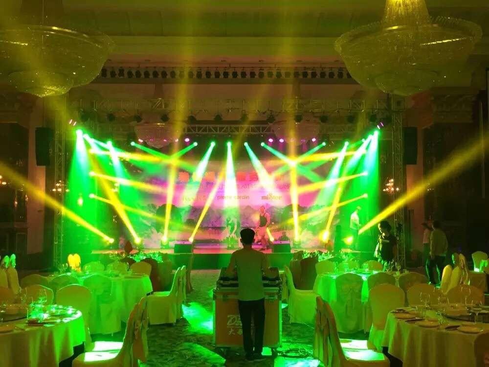 广州5000元小型舞台灯光配置报价  广州8000元小型舞台灯光配置报价