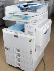 廣州理光復印機出租  設備新  穩定 快速服務 高速彩機