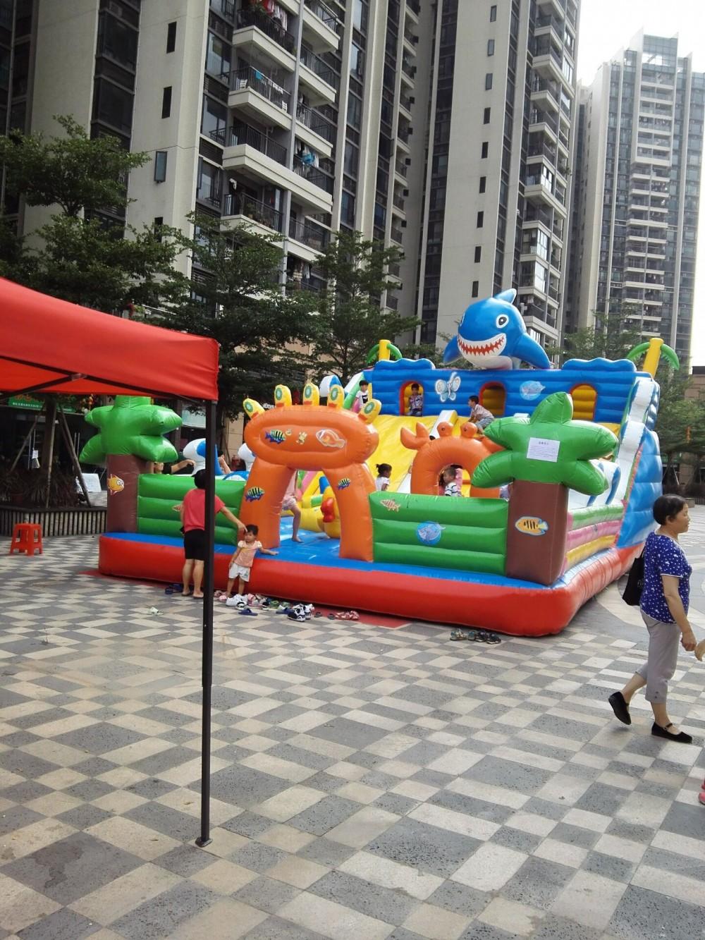 充氣城堡 娃娃機 激光打氣球機出租