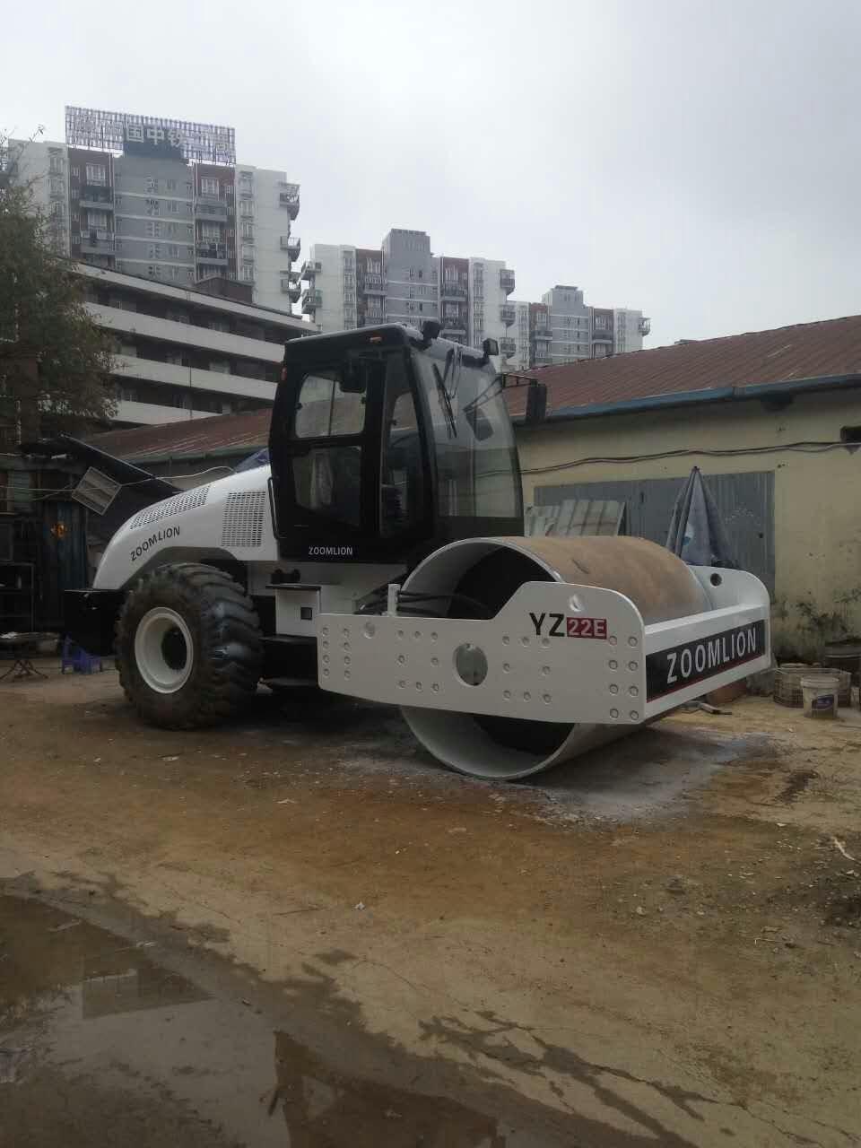 深圳 大型單鋼輪壓路機 22噸