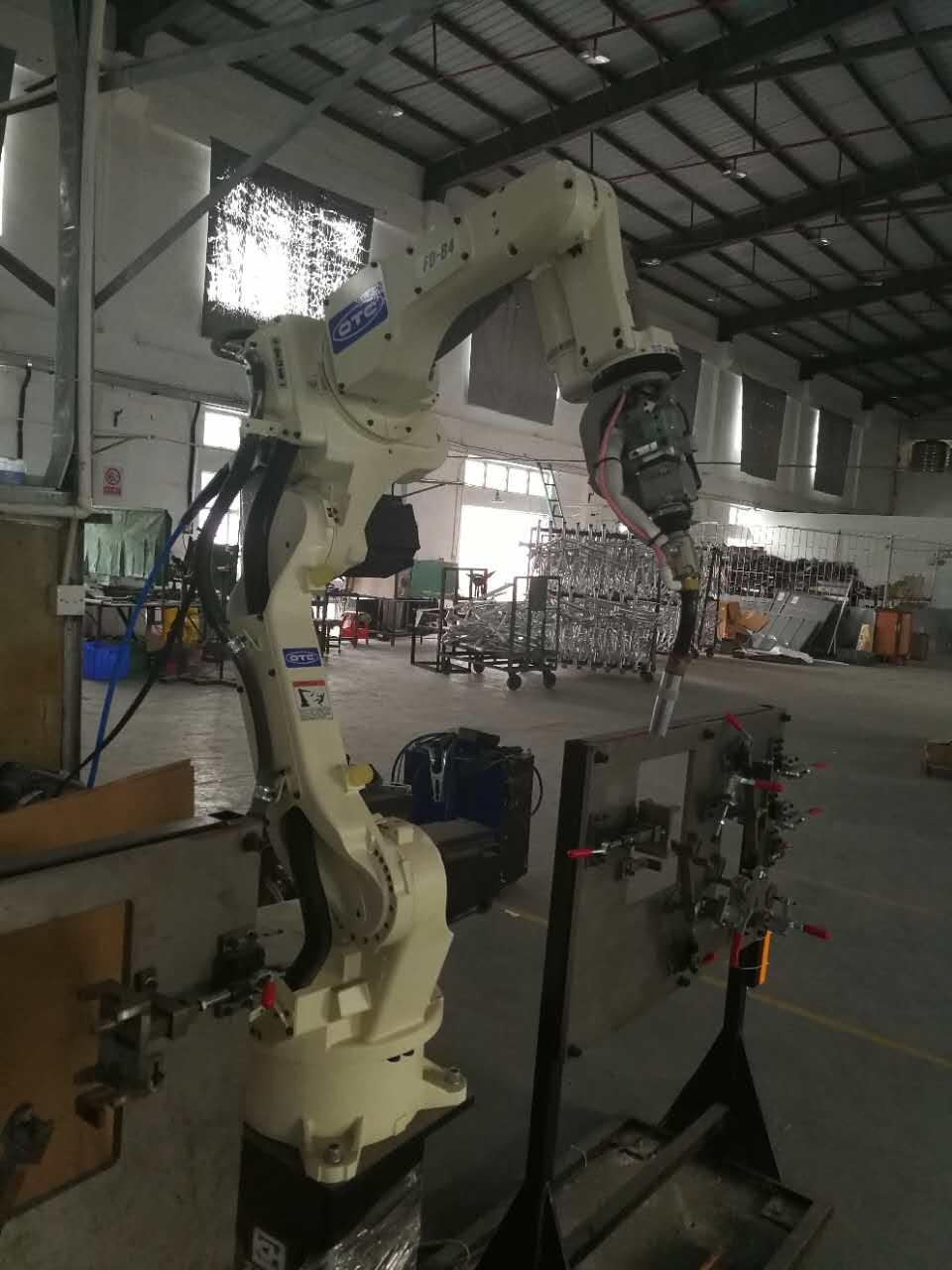 深圳市+OTC焊接機器人+FD-B4+DW300+六軸+專業鋁焊