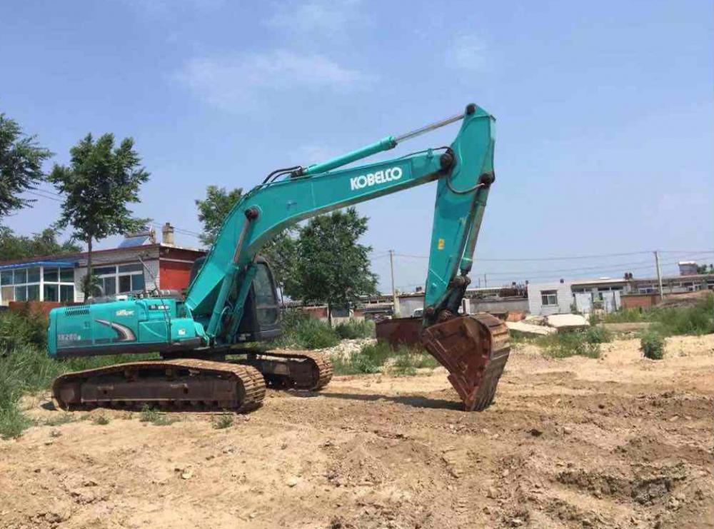 南京神鋼sk260挖掘機