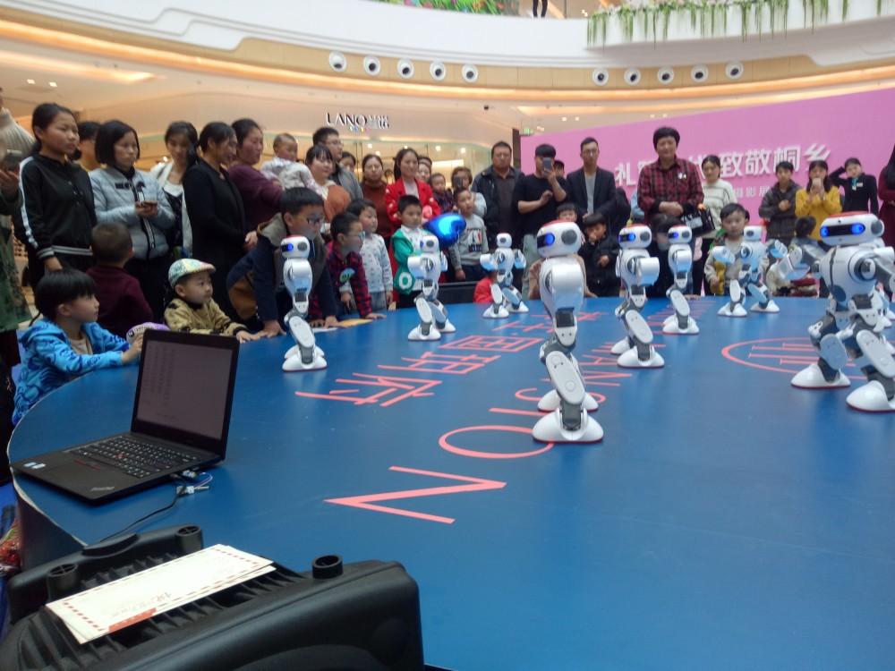 机器人出租 机器人租赁 迎宾机器人 跳舞机器人 主持机器人
