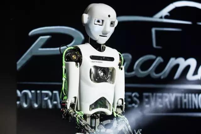 服务、主持、表演、语音交互机器人