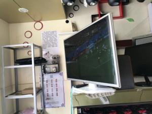 LG32寸IPS+华为八核机顶盒=一台高清电视