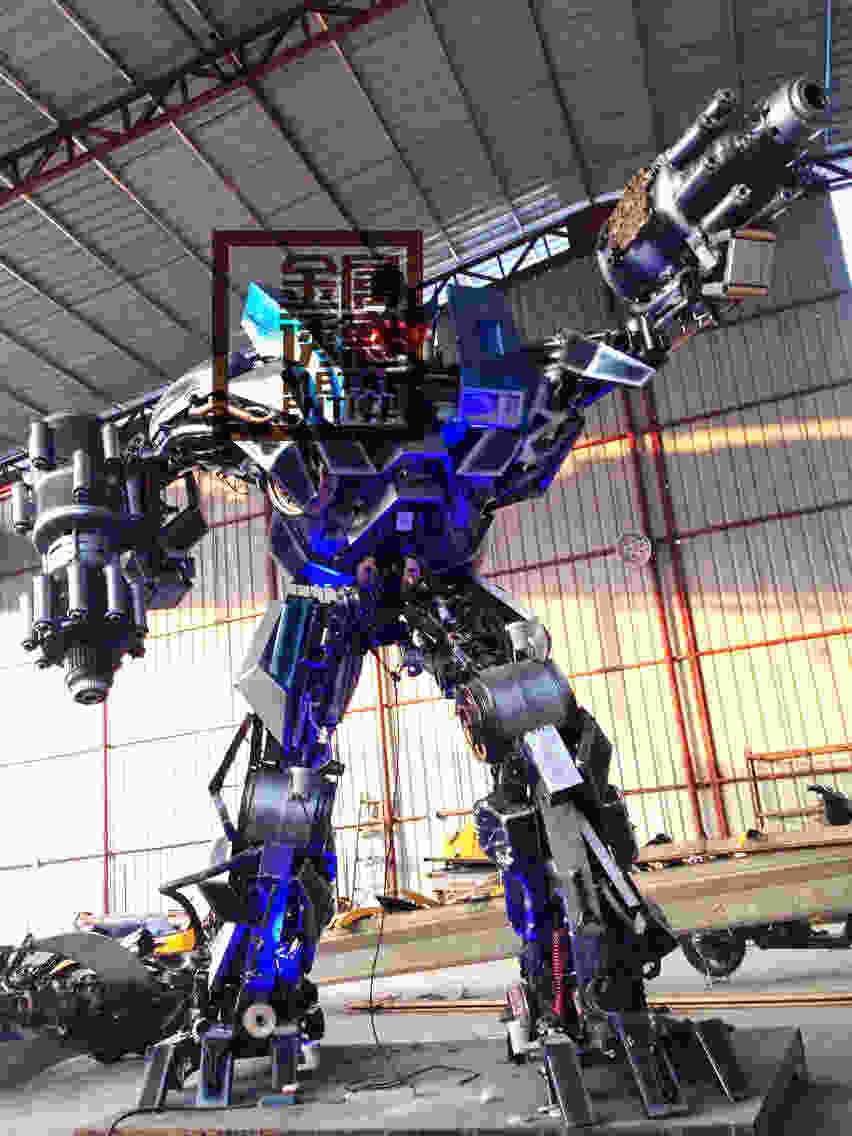 定制酒吧饭店室外创意朋克工业风金属铁艺齿轮大型机器人摆件装饰品