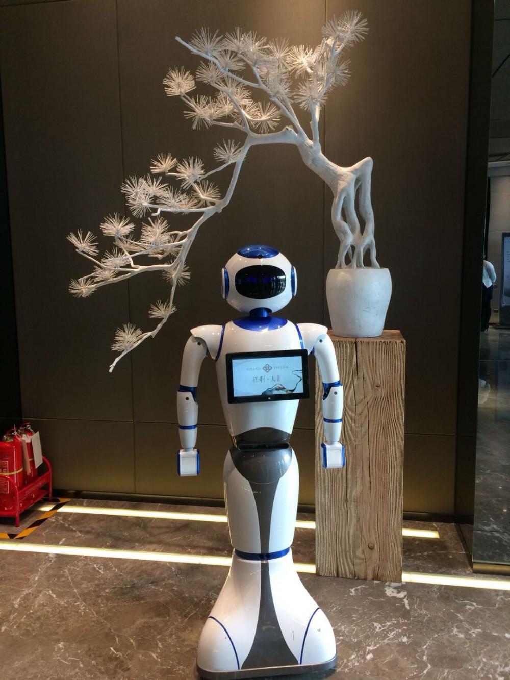 迎宾机器人活动宣传舞蹈表演