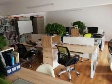 众创空间创客工位