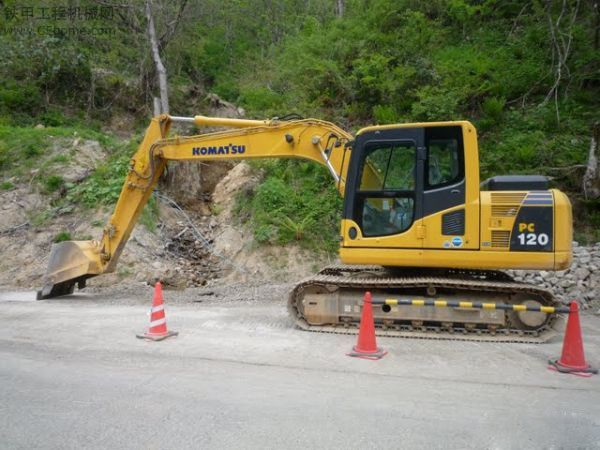 中山市小松pc120 12T挖掘機出租