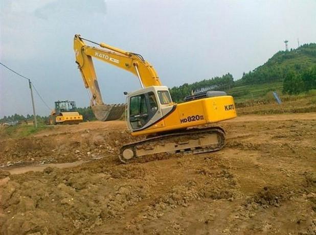 长沙市加藤820 20T挖掘机出租