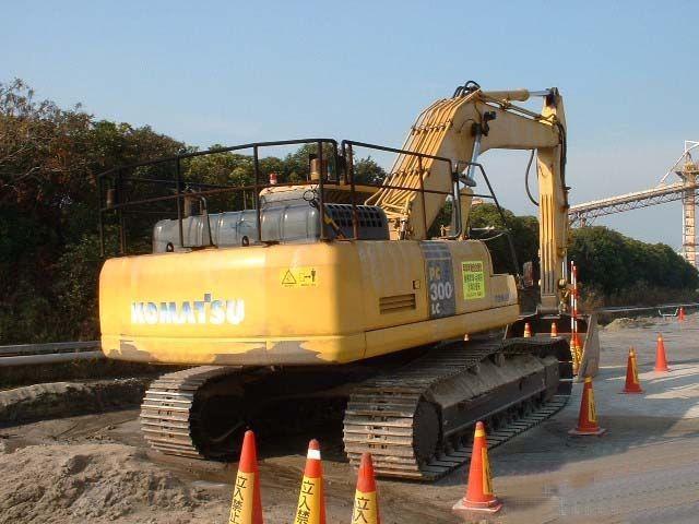 商丘市小松pc300 3T挖掘机出租