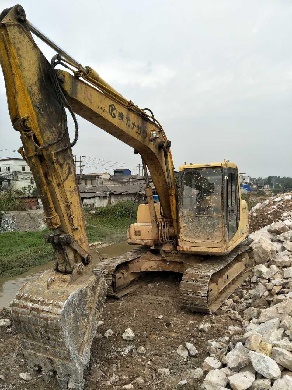 肇慶市小松pc160 16T挖掘機出租