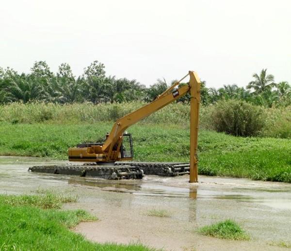 珠海市水陸挖機120 12T挖掘機出租