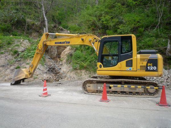 厦门市小松pc120 12T挖掘机出租