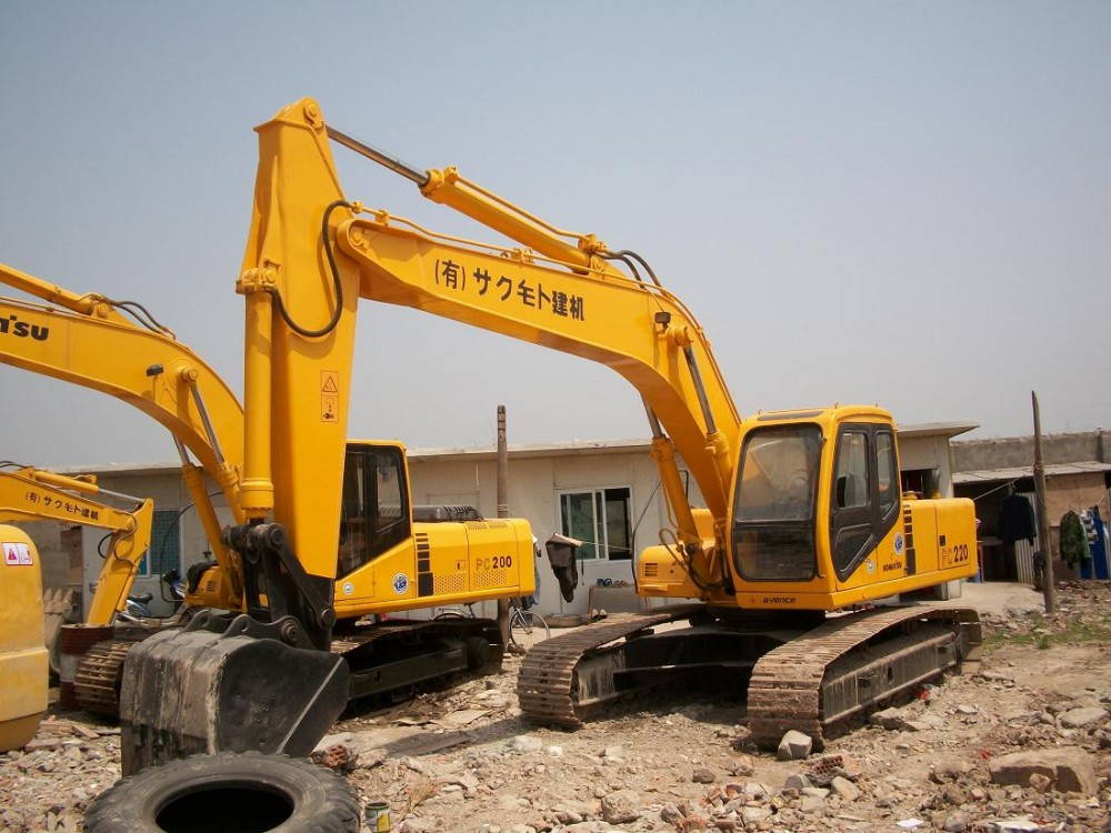 厦门市小松pc200 20T挖掘机出租