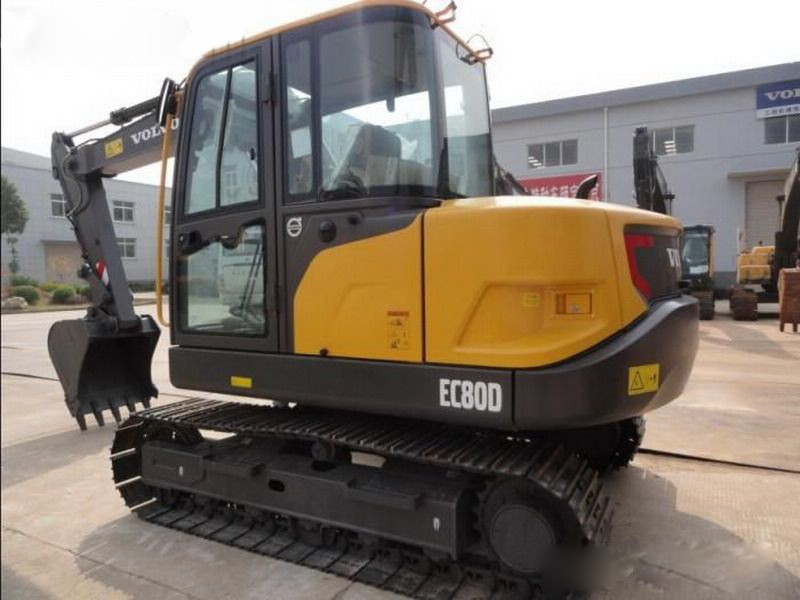 柳州市沃尔华轮式80 8T挖掘机出租