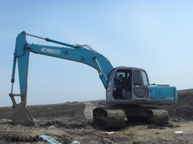 北京市神鋼150 15T挖掘機出租